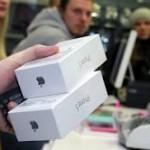 За первые выходные в Китае продано два миллиона iPhone 5