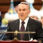 Назарбаев считает, что Нацбанк и правительству проводят недостаточную разъяснительную работу пенсионной реформы