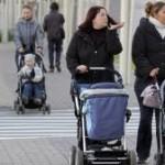 Мажилис поддерживает предложение президента о реформах для молодых матерей