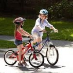 Дети, которые не занимаются спортом, в большинстве случаев страдают нарушениями дыхания