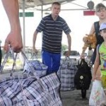 Беженцы с юго-востока Украины в бегут в Крым