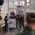 В следующем году на свободу выйдут более десяти тысяч заключенных