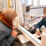 В Казахстане в течение 2015 года на соцвыплаты израсходуют 2,4 трлн тенге