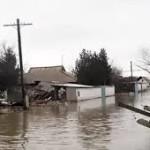 Возвращение домой после подтоплений в Карагандинской области