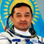 Флаг ВВС Казахстана полетит в космос